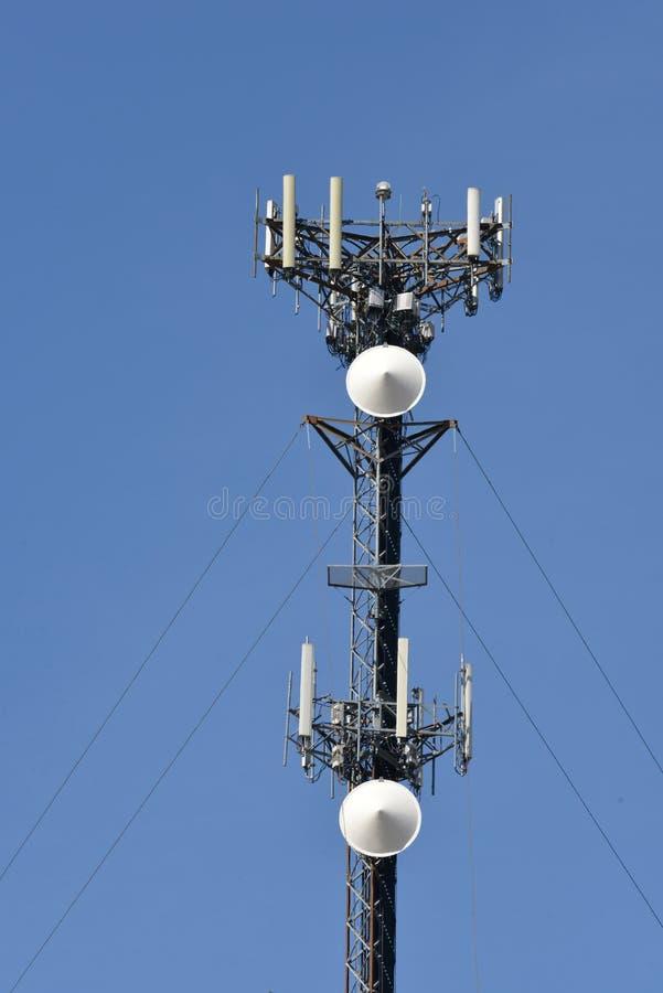 手机塔天线细节 库存照片