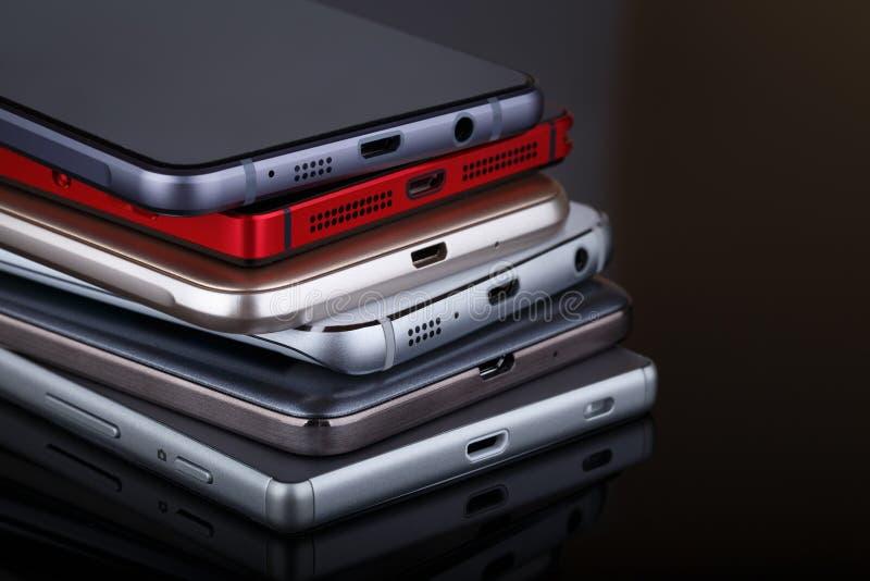 手机无线通讯技术和流动性busi 库存图片