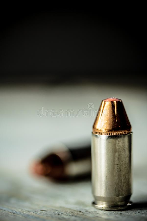 手枪手枪弹药子弹 免版税库存图片