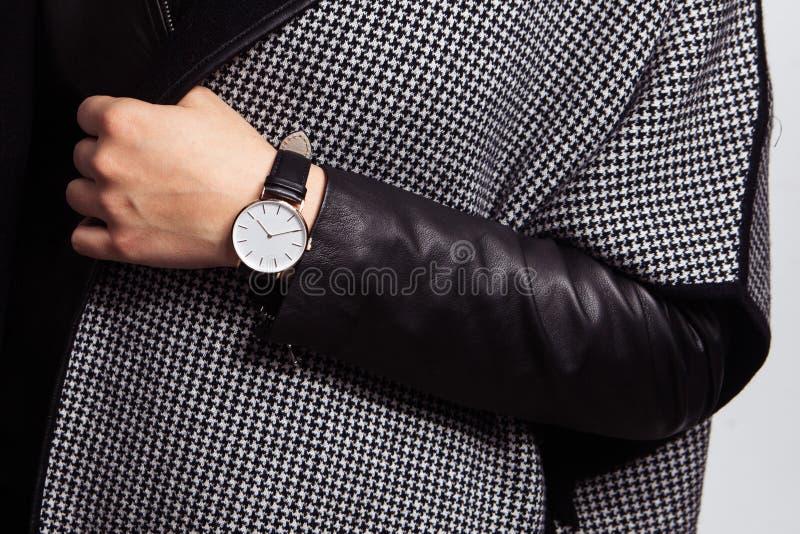 手表在手边 免版税库存照片