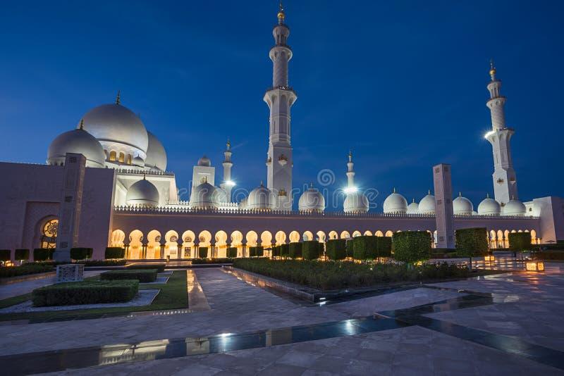 扎耶德在Adu Dhabi的Grand Mosque回教族长 免版税图库摄影
