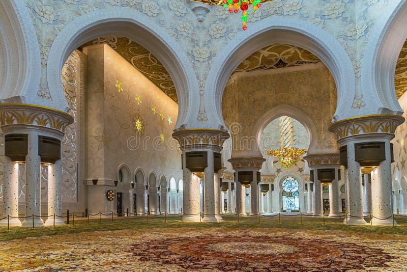扎耶德在Adu Dhabi的Grand Mosque回教族长 免版税库存照片