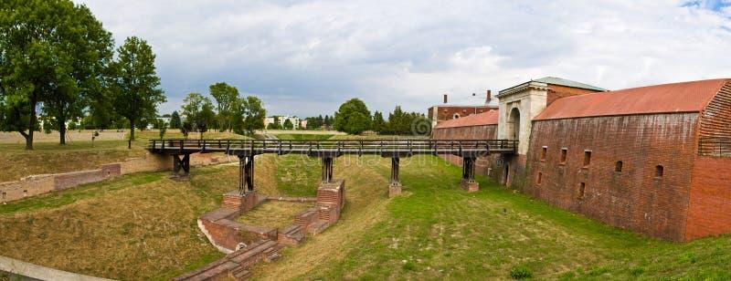 扎莫希奇波兰:一个历史建筑命名了Nowa布罗莫Lubelska 免版税库存照片