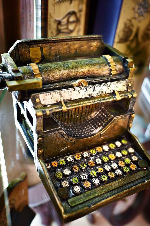 打字机模型  免版税库存图片