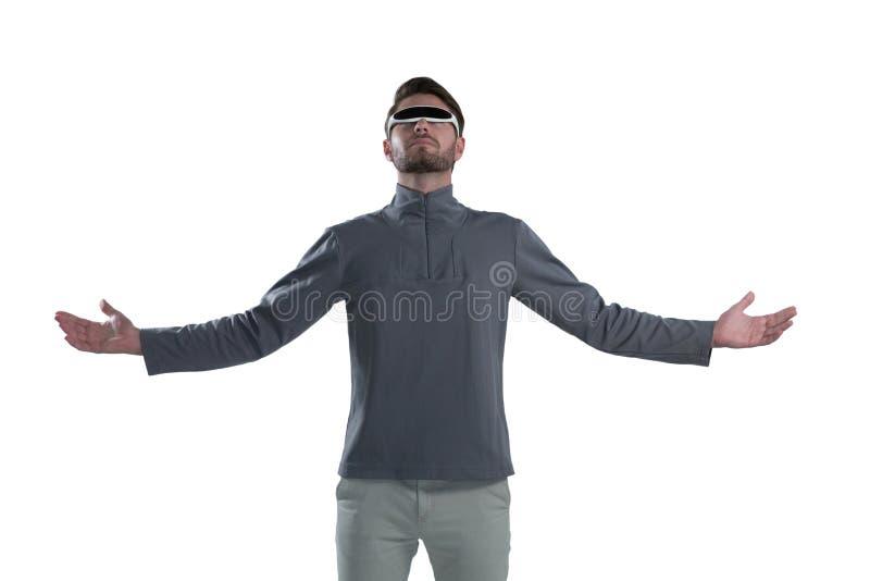 打手势的人,当曾经虚拟现实玻璃时 免版税库存图片
