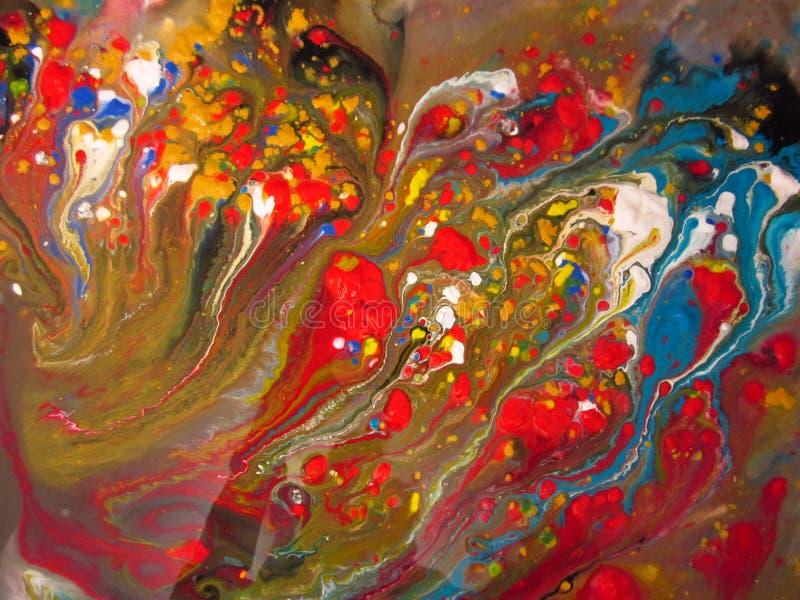 打旋入水槽的抽象明亮的油漆 库存照片