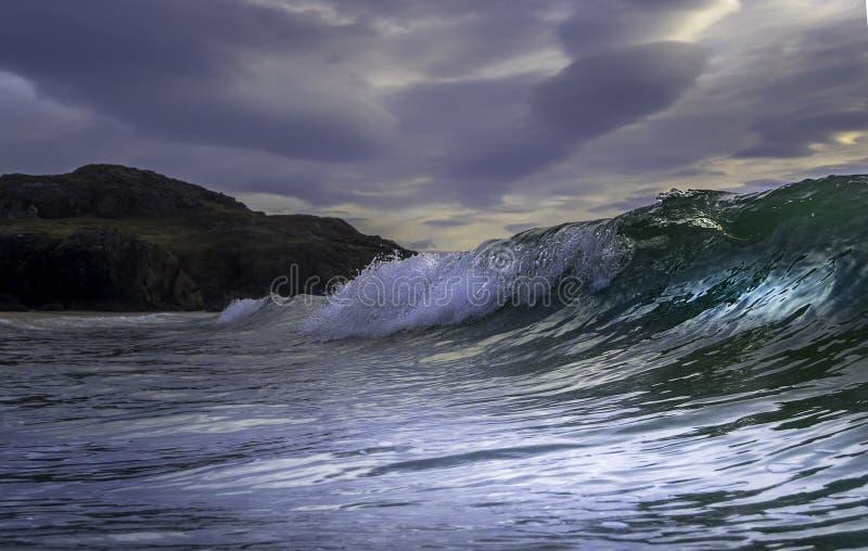 打破在大西洋的波浪 图库摄影