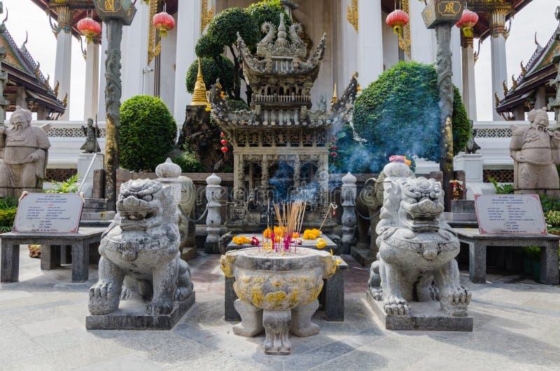 扔石头的中国人寺庙 免版税库存图片