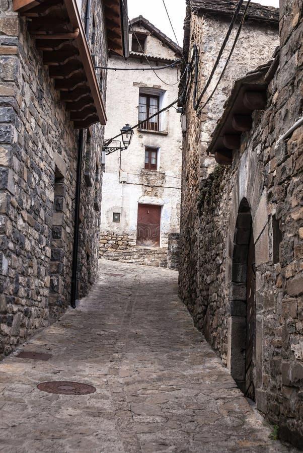 托尔拉中世纪村庄阿拉贡西班牙pyrinees的  图库摄影