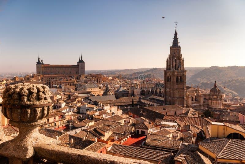 托莱多西班牙老镇的全视图  免版税库存照片