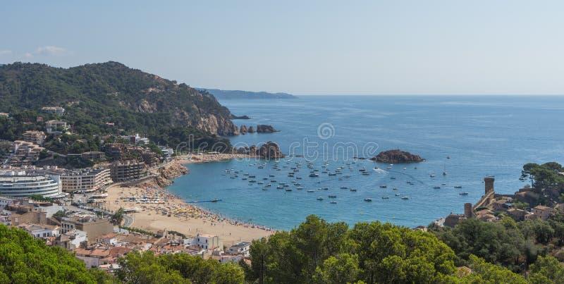 托萨德马尔肋前缘的Brava海边镇在卡塔龙尼亚,西班牙, 免版税库存照片