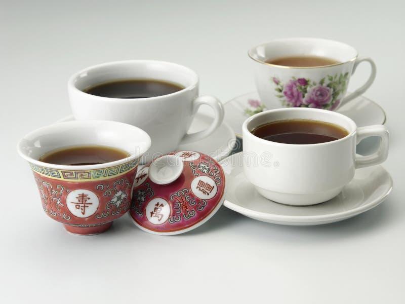 托起茶 免版税库存图片