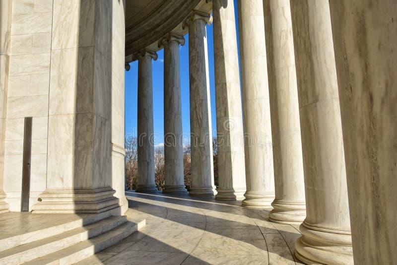 托马斯・杰斐逊纪念品的专栏 华盛顿特区,美国 免版税库存图片