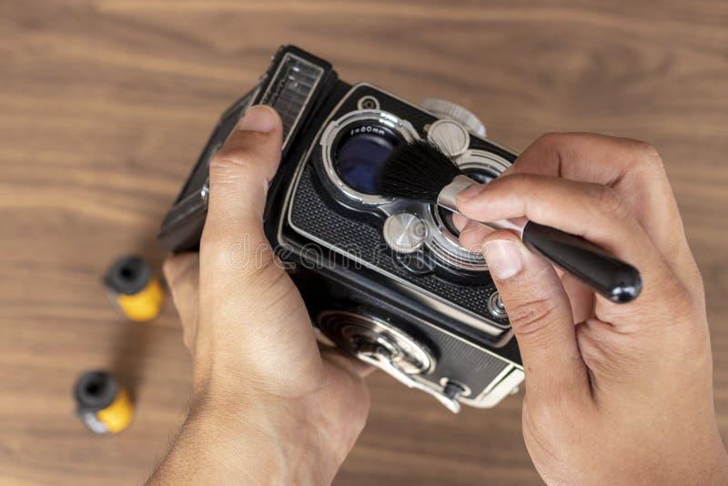 执行葡萄酒照片照相机清洁  免版税图库摄影