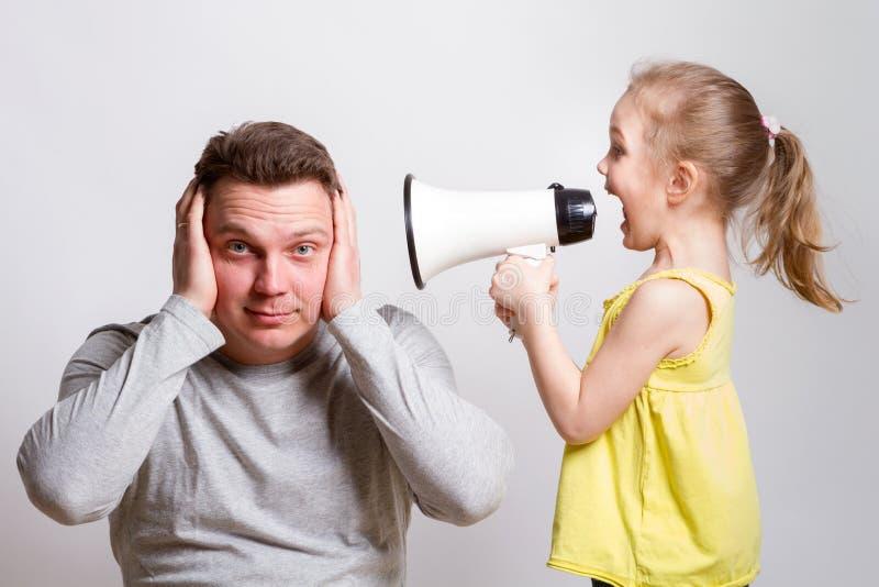 扩音机父母的孩子 免版税库存图片