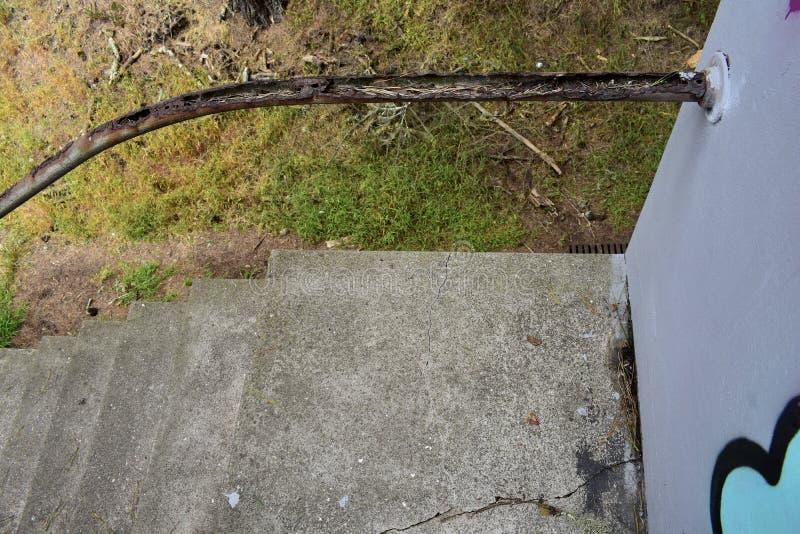 扶手栏杆的遗骸台阶的 免版税库存照片