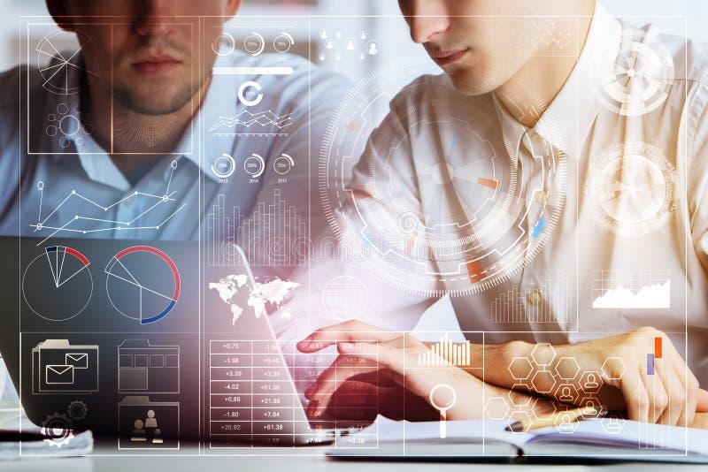 技术、未来和teamwortk概念 免版税库存照片
