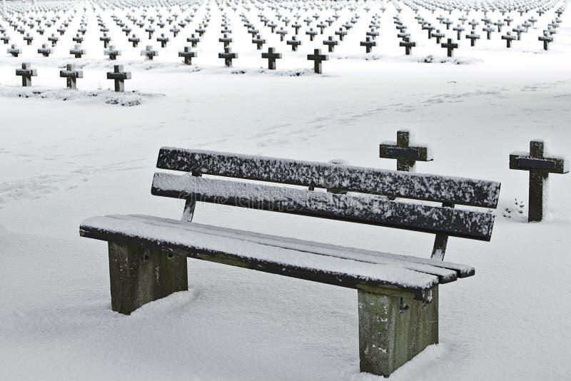 把坟园安排休息的雪换下场 免版税库存照片