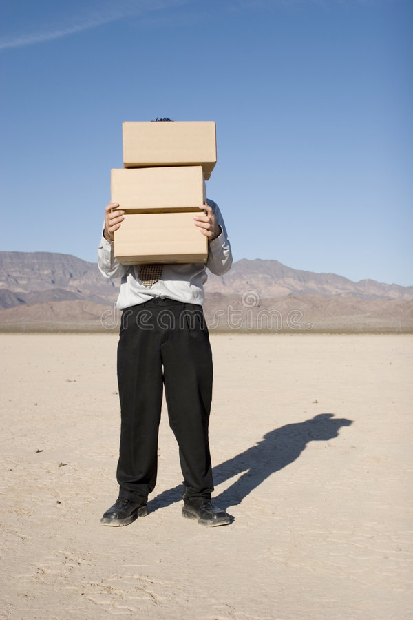 Download 把生意人运载装箱 库存照片. 图片 包括有 决策, 商业, 严重, 本质, 执行委员, 棚车, 蓝色, 总公司 - 3660622