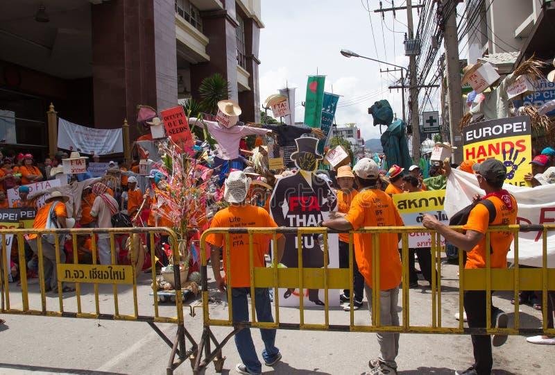 抗议者会集了在泰国和欧盟之间的FTA交涉 图库摄影