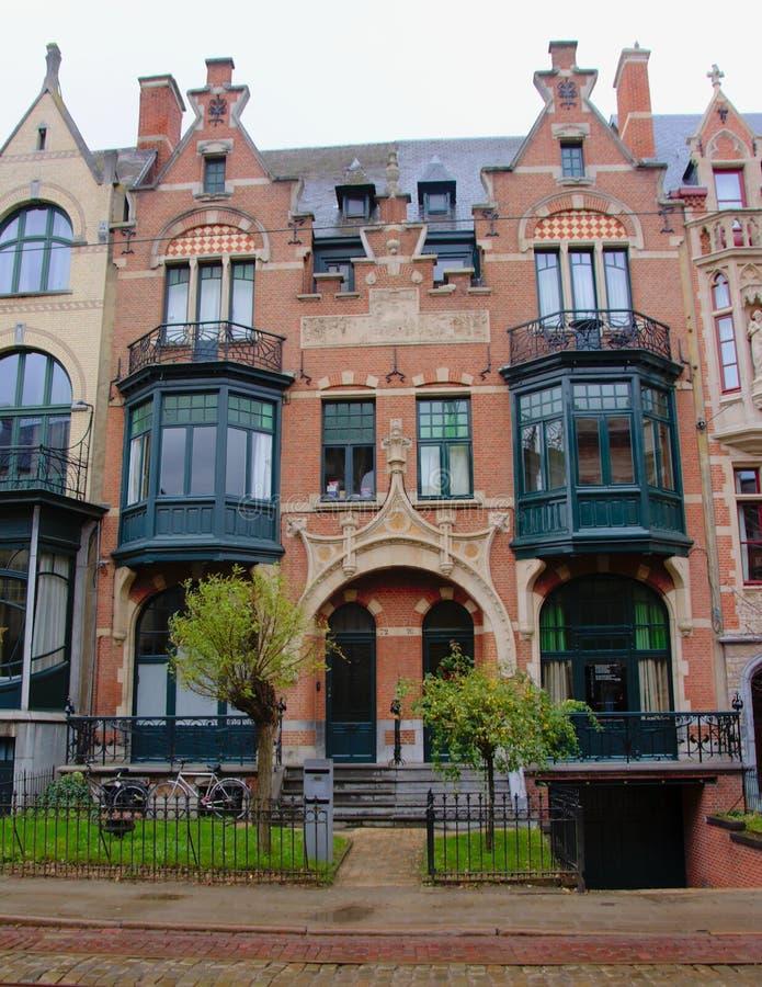 折衷新佛兰芒新生房子在Zurenborg区,安特卫普 免版税库存照片