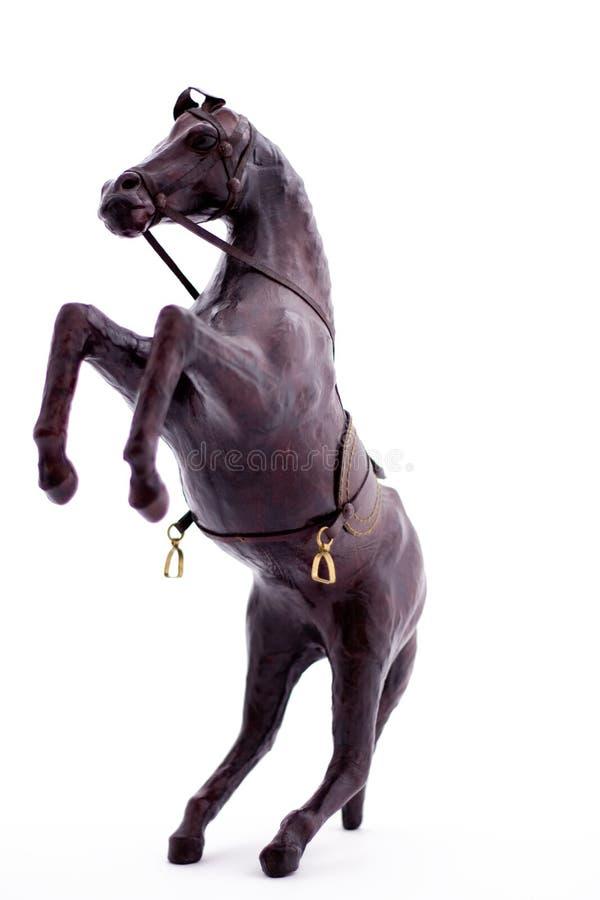抚养木的马 免版税库存图片