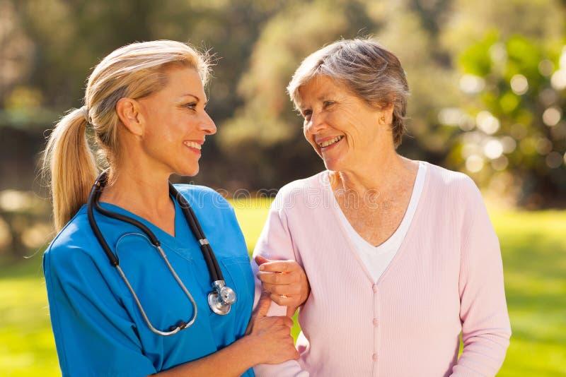 护士前辈妇女 库存照片