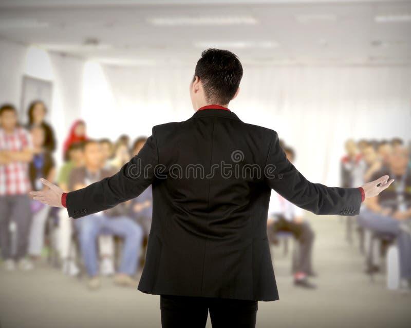 报告人在会议和介绍 免版税图库摄影