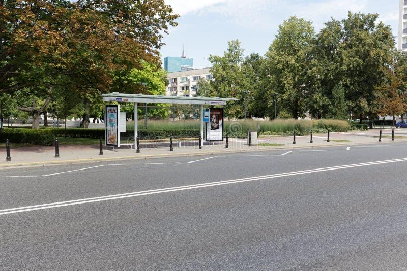 报道的公共汽车站在华沙 图库摄影