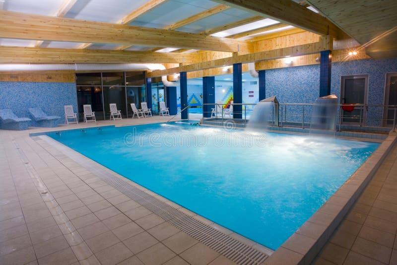 报道的池游泳 库存照片