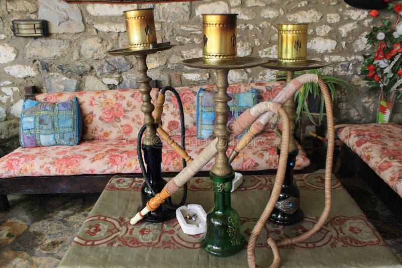 抽土耳其国民产值的水烟筒 免版税库存照片