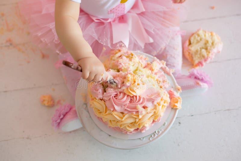 抽杀蛋糕宏指令 图库摄影