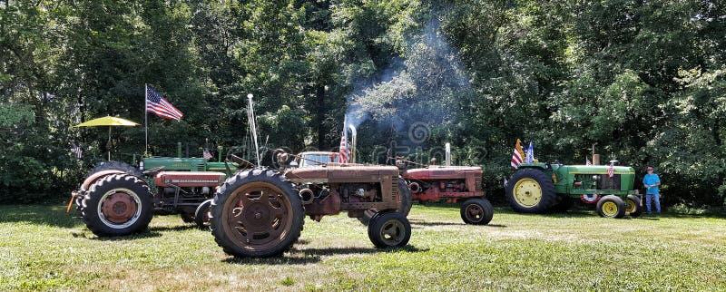 抽烟热在农场 免版税图库摄影