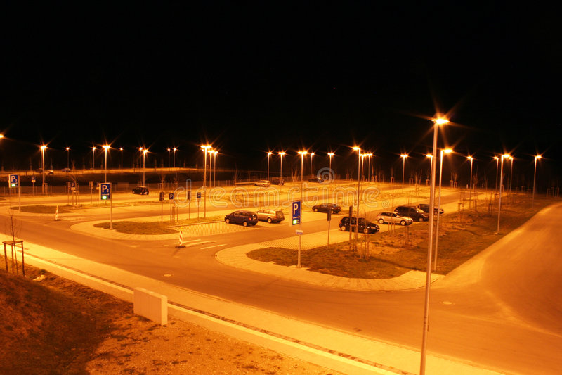 抽签晚上停车 库存照片