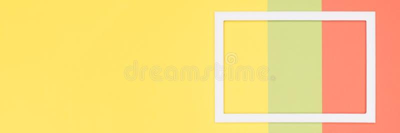 抽象几何橙色和黄色纸舱内甲板放置横幅背景 简单派、几何和对称模板 库存例证