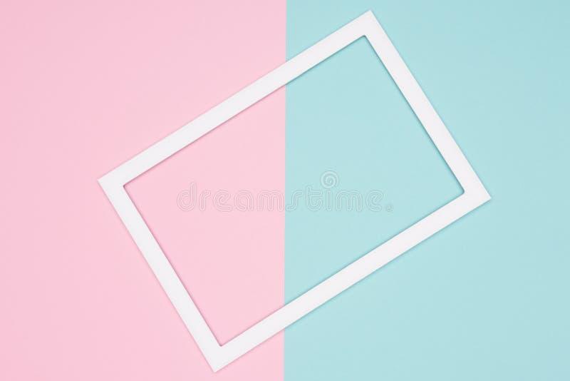 抽象几何淡色蓝色、小野鸭和桃红色纸舱内甲板放置背景 简单派、几何和对称模板 库存例证