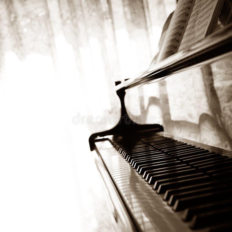 抽象大平台钢琴 免版税库存图片