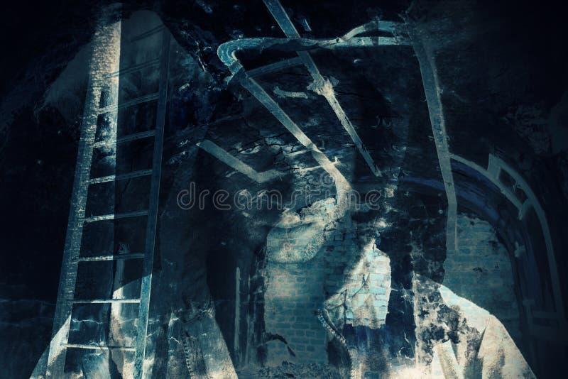 抽象恐怖背景,有鬼魂的暗室 免版税图库摄影