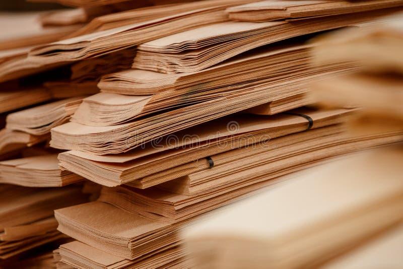 抽象浅褐色的层压板 免版税库存图片