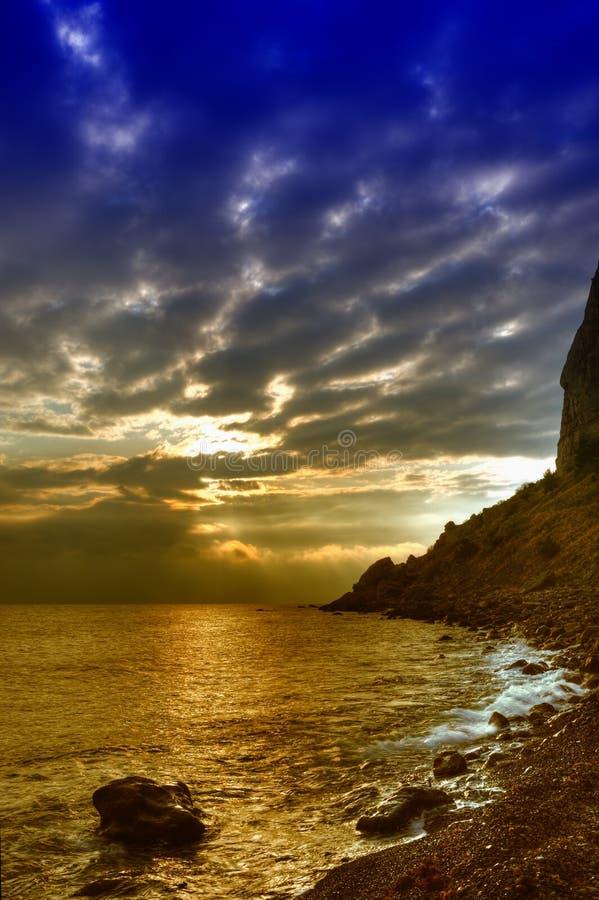 抽象海岸线颜色山晚上 免版税库存图片