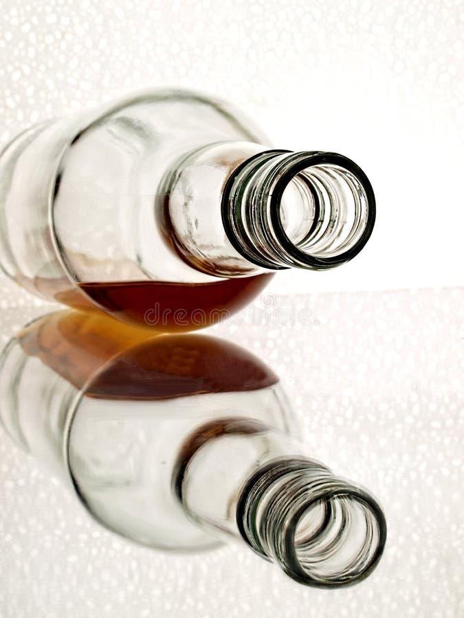 抽象瓶威士忌酒 免版税库存照片