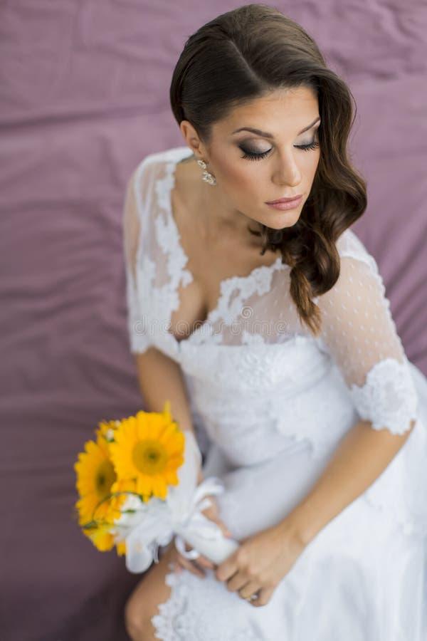 抽象背景新娘礼服女孩婚礼年轻人 免版税库存照片