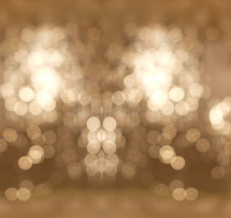 抽象背景白色和作为模板用于的布朗轻的Bokeh圈子为圣诞节庆祝的显示产品嘲笑  免版税库存图片