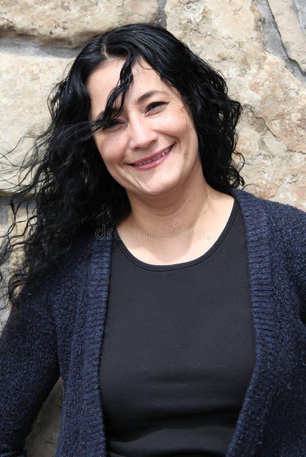 拉丁女性秀丽。 图库摄影
