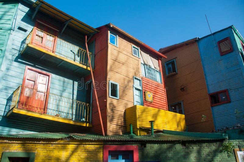 拉博卡五颜六色的房子邻里,布宜诺斯艾利斯,阿根廷 图库摄影