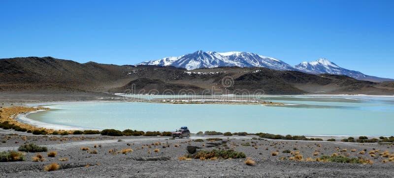拉古纳佛得岛是一个盐湖,在阿尔蒂普拉诺高原西南部在玻利维亚 库存照片