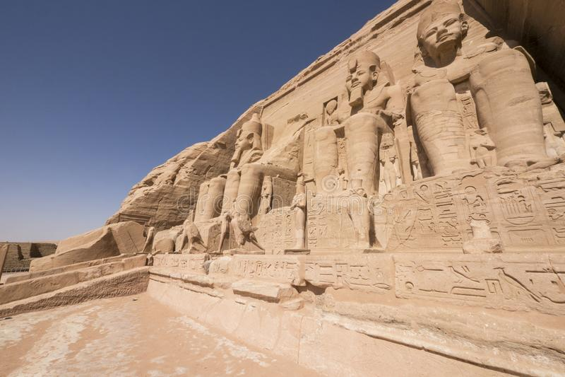 拉姆西斯伟大的寺庙II在阿布格莱布Simbel,埃及 库存照片