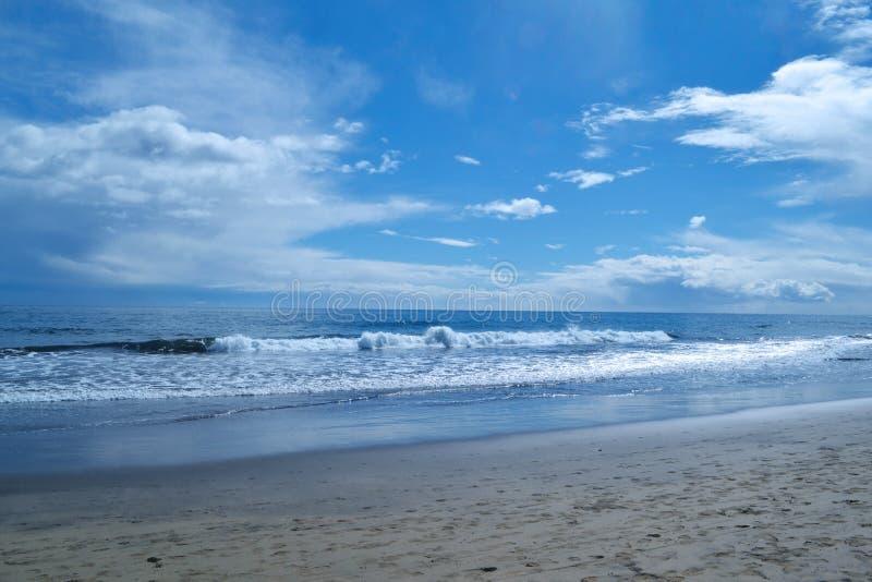 拉斯帕尔马斯海浪 免版税库存图片