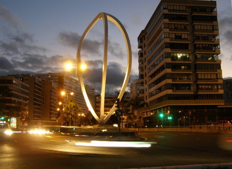 拉斯帕尔马斯雕象在晚上 免版税库存照片