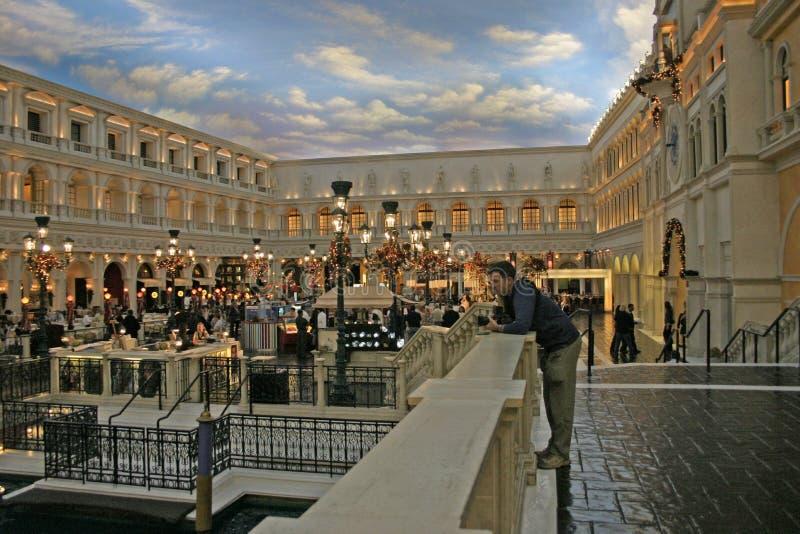 拉斯维加斯,美国- Desember 03日2009年:威尼斯式的赌博娱乐场 一墩大运河的威尼斯式旅馆和复制品在拉斯维加斯 免版税库存照片